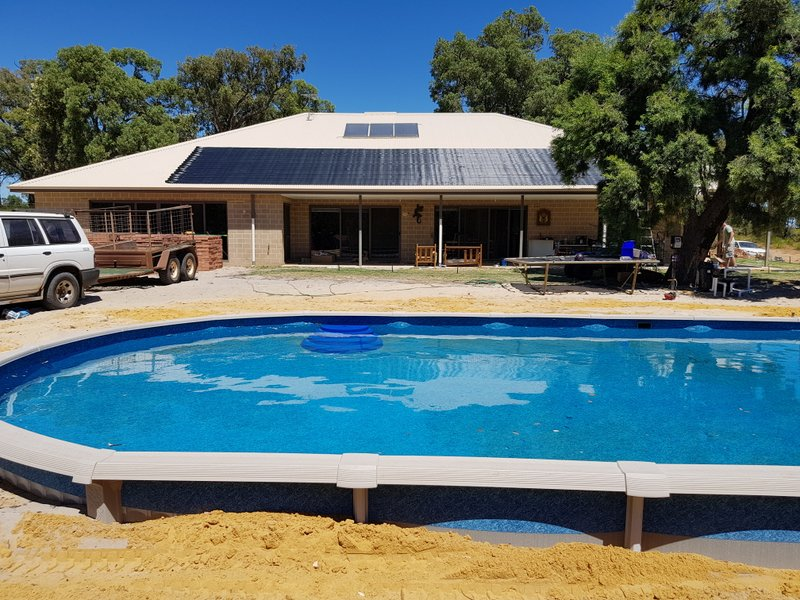 Chittering Valley, WA. Solar pool heating system fitted.