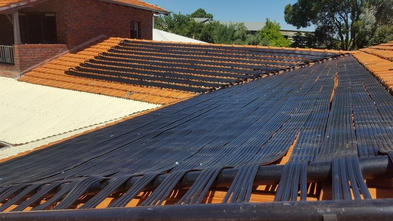Manning St, Mosman Park solar matting installation for swimming pool heating
