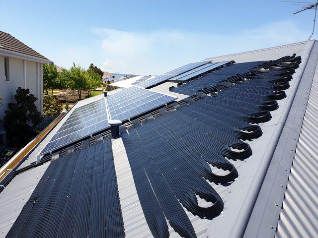 Solar pool heating install Harrisdale, WA.